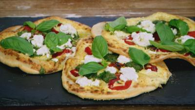 Junior Bake Off - Recipe: Pizzetta Bianci