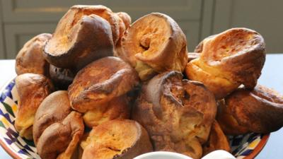 Matilda and the Ramsay Bunch - Dad's Yorkshire Puddings