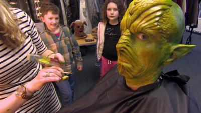 Marrying Mum and Dad  - Ed gets an intergalactic makeover