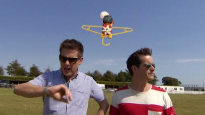 OOglies - OOglies meets...a plane with Dick & Dom
