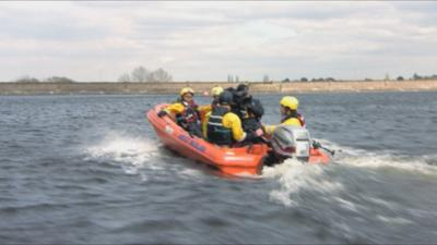 Hero Squad - Special Ops - Water Rescue Boat