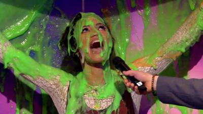 Saturday Mash-Up! - Vick Hope gets slimed!