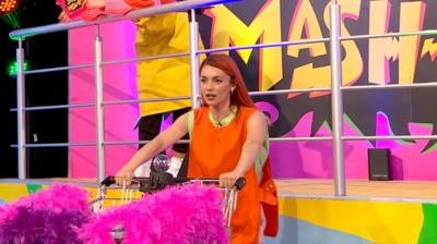 Saturday Mash-Up! - Push Off: Dianne Buswell vs Becky Hill
