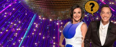 Judges from Strictly come dancing are standing with glitter speech bubbles above their heads.