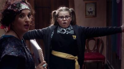 The Worst Witch - Maud's caught in the middle!