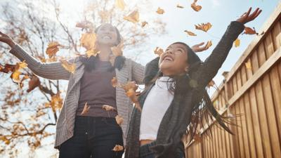 Six free things to do with your child in autumn