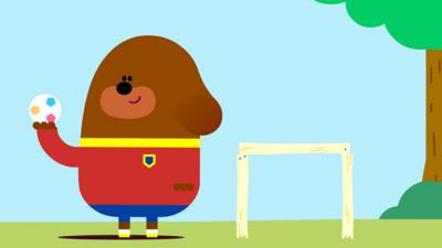 Hey Duggee - Kick Song