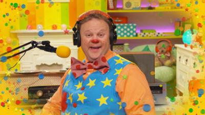 Something Special - Mr Tumble's Radio Show – Splashing with Grandad Tumble