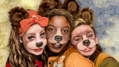 CBeebies Goldilocks and the Three Bears - Meet the Three Bears