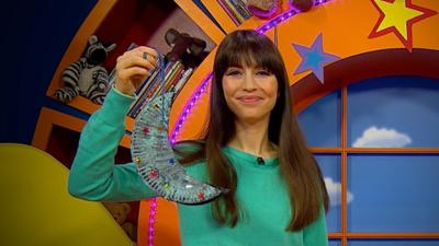 CBeebies House - Make your own moon mobile with Rebecca