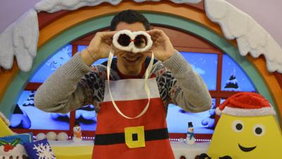 CBeebies House - Christmas Binoculars