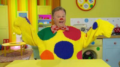 Something Special - Will Mr Tumble go to the fashion show?