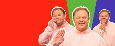 Justin Fletcher signs useful Makaton sign language for children and parents on CBeebies website.