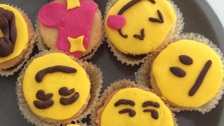 Emoji Cupcakes Recipe Cbbc Bbc