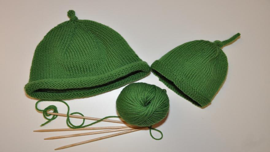 Knit Your Own Sarah And Duck Hat Cbeebies Bbc
