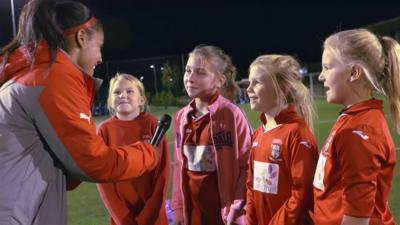 MOTD Kickabout - Here come the girls!