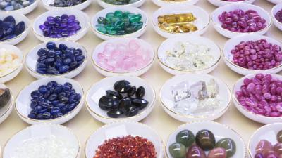 CBBC HQ - Find out what your birthstone is