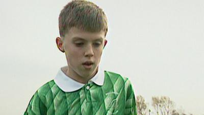 MOTD Kickabout - Michael Carrick on CBBC when he was 13!