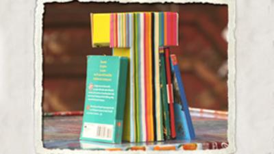 TOTALLY RUBBISH - Wrapping Paper Bookends Activity Sheet