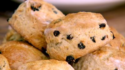 Junior Bake Off - Recipe: Squashed Fly Scones