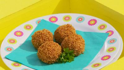I Can Cook - Thai green turkey balls