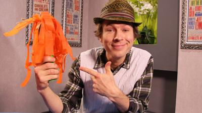 CBeebies Tortoise and the Hare - Make your own Pom Poms