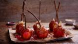 Easy salted caramel toffee apples