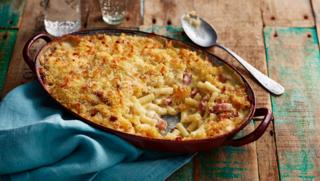 Recipes bbc food easy crowd pleasers 8 recipes forumfinder Image collections