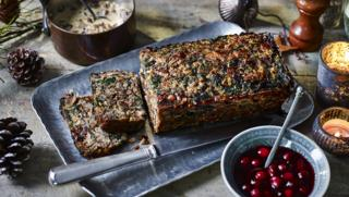 nut roast with mushroom gravy and cranberry sauce - Vegetarian Christmas Entree