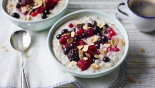 Diabetes recipes bbc food porridge with berries forumfinder Image collections
