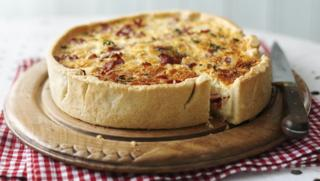 Can you make quiche pastry with self raising flour