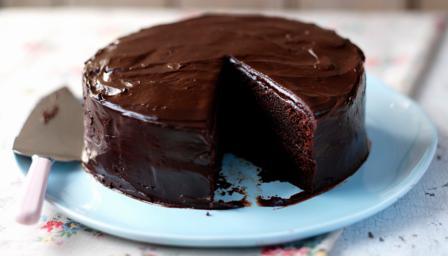 how to bake chocolate cake