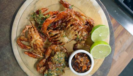 Indian deep-fried soft-shell crab with lime pickle