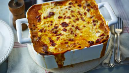 Mary Berry's lasagne recipe