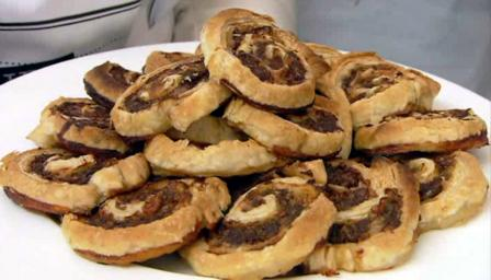 Minced beef pinwheels recipe bbc food forumfinder Image collections