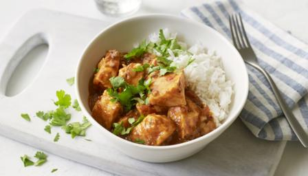 Easy salmon curry
