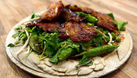 Thai lamb salad with spicy dressing