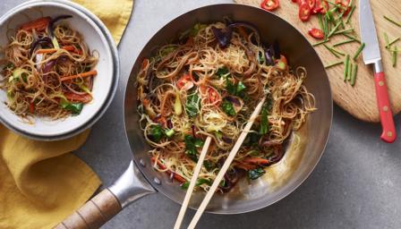 Vegetarian Singapore fried noodles recipe