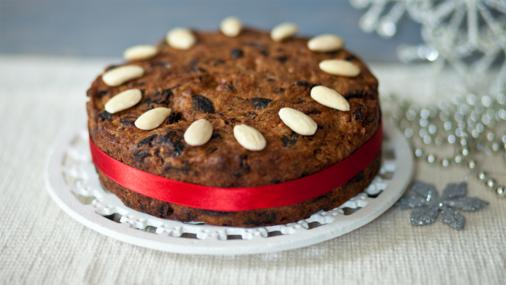 BBC Food - Recipes - Gluten-free Christmas cake