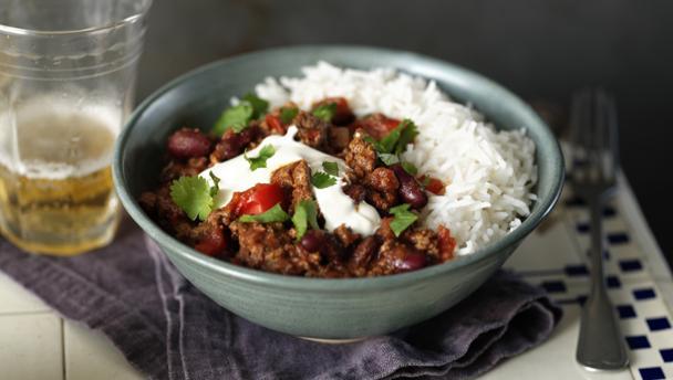 Bbc Food Recipes How To Make Chilli Con Carne