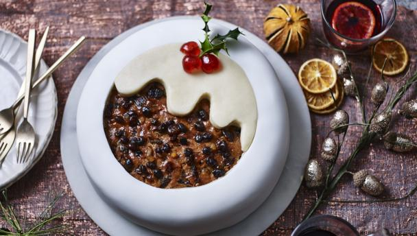Bbc food recipes christmas pudding cake for Easy xmas pudding