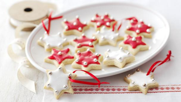 Christmas Cake Decoration Ideas Bbc Good Food : BBC Food - Recipes - Christmas biscuits