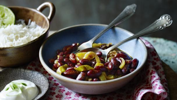 Kidney bean curry (rajma)