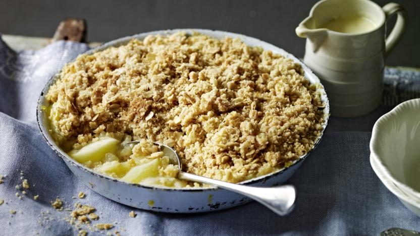 Nigel Slater's apple crumble