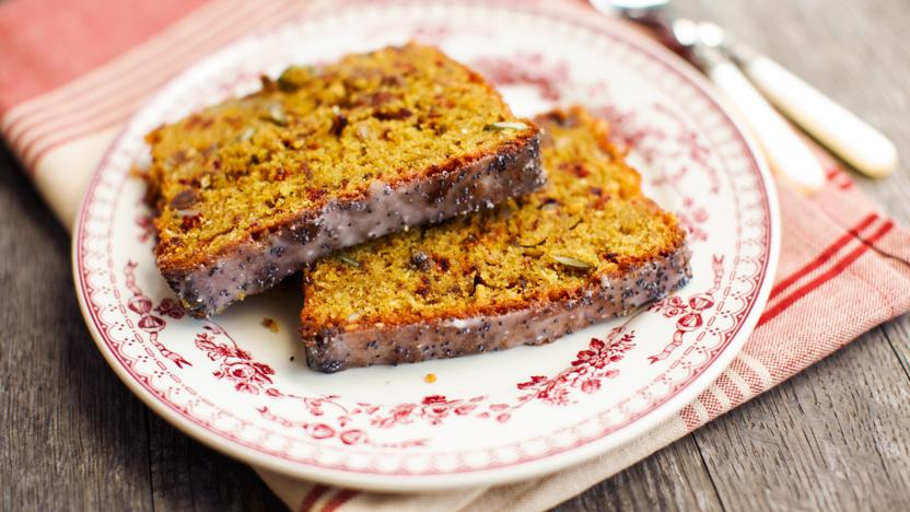 Beetroot seed cake