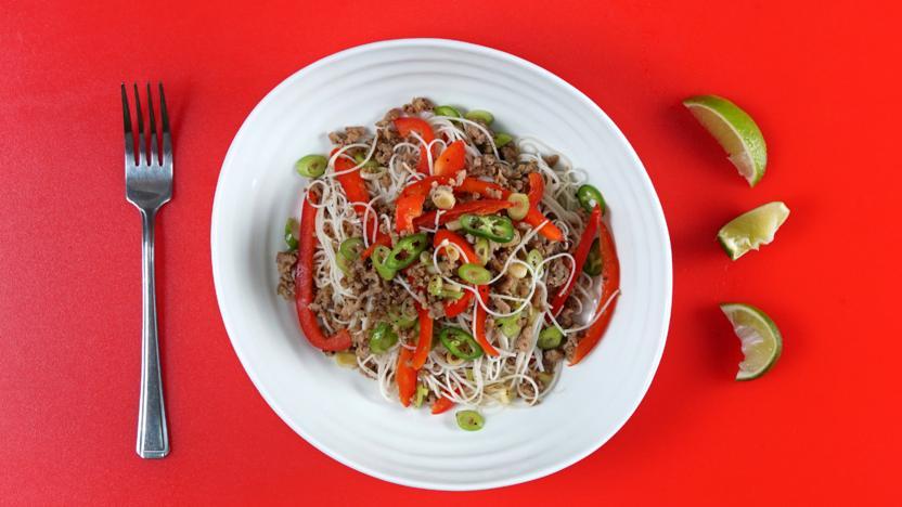 Black pepper pork noodle salad