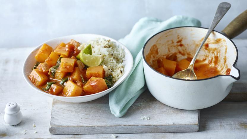 Butternut squash curry with cauliflower 'rice'