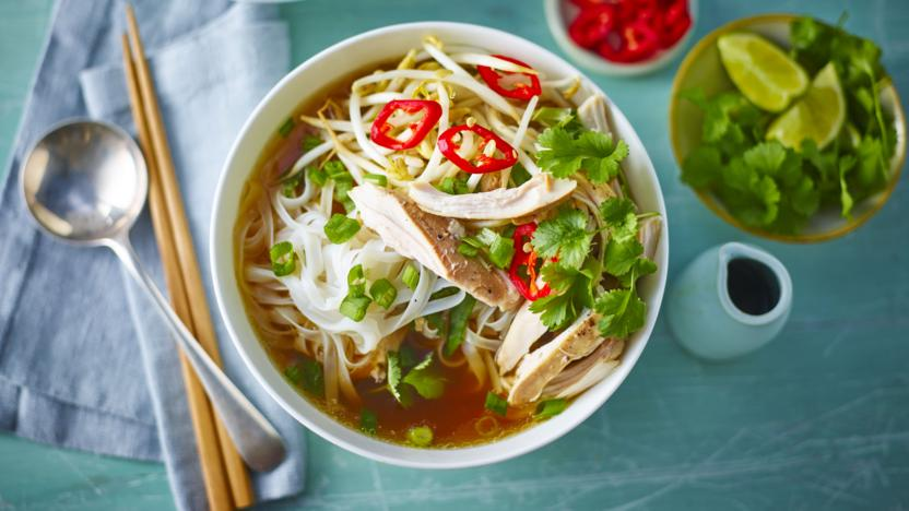 Slow cooker chicken pho recipe