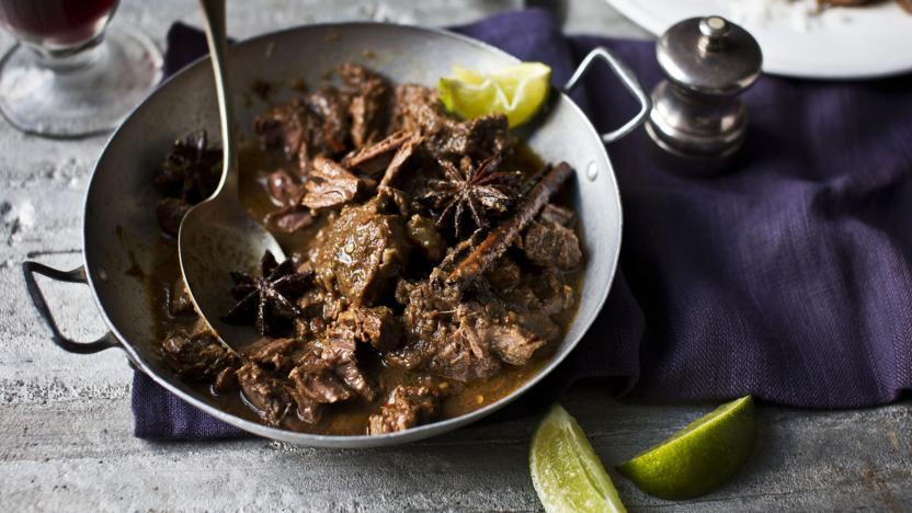 Chilli beef rendang