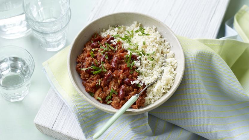 Lighter chilli con carne with cauliflower 'rice'